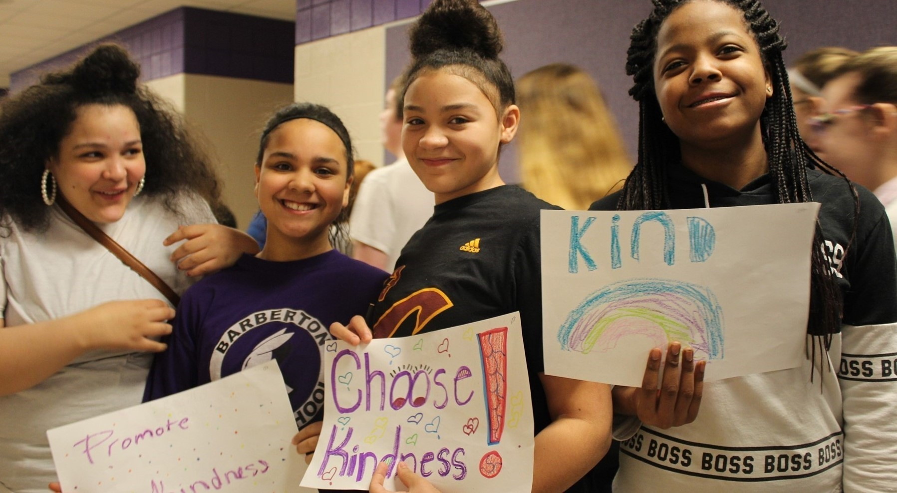Students Show Kind Signs
