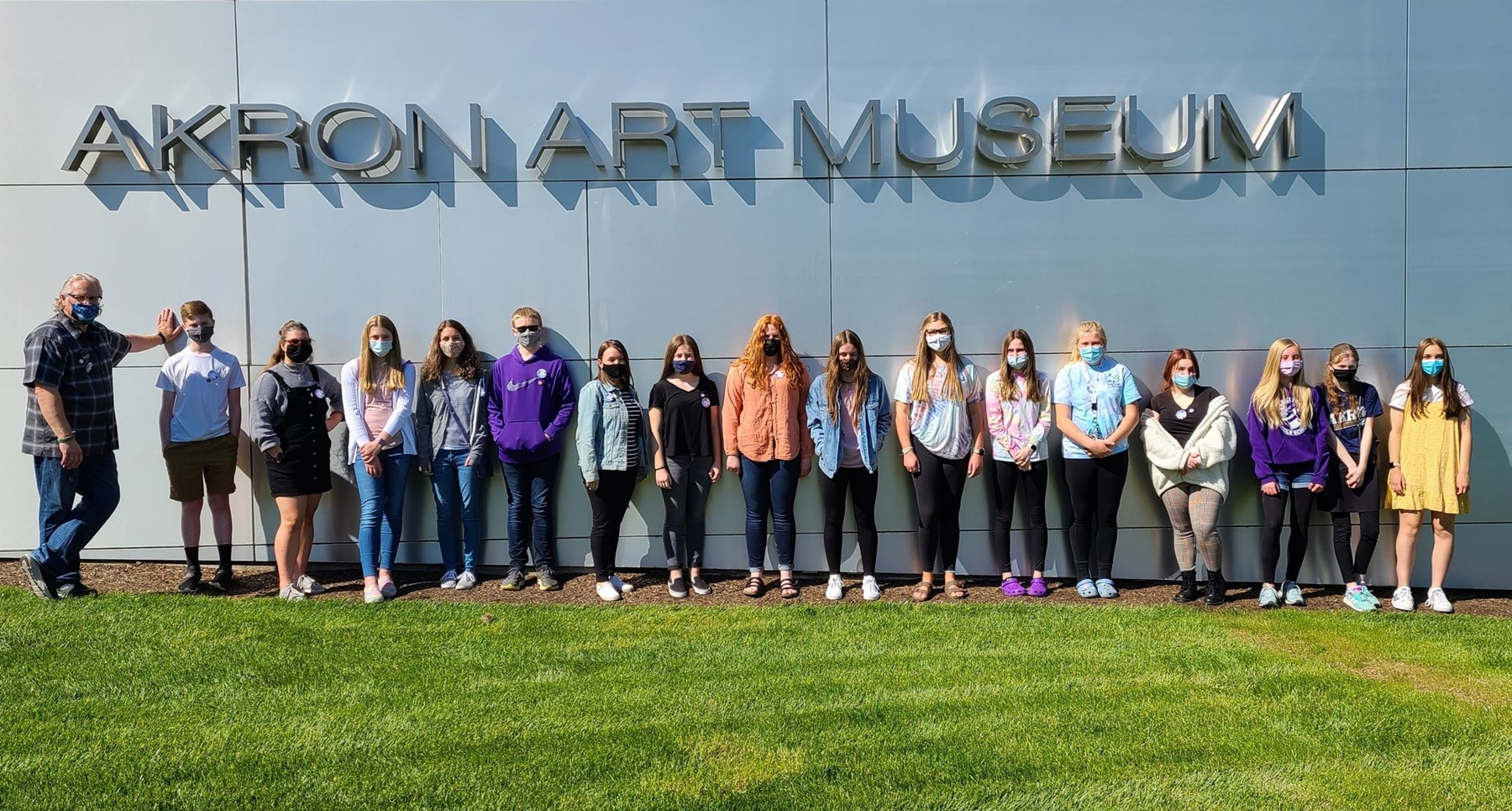 The Original Art Club had a great time at the Akron Art Museum!